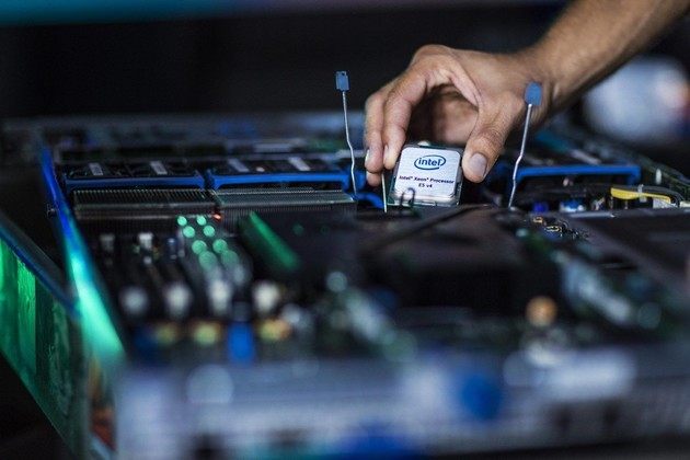 Intel vs AMD Video Rendering