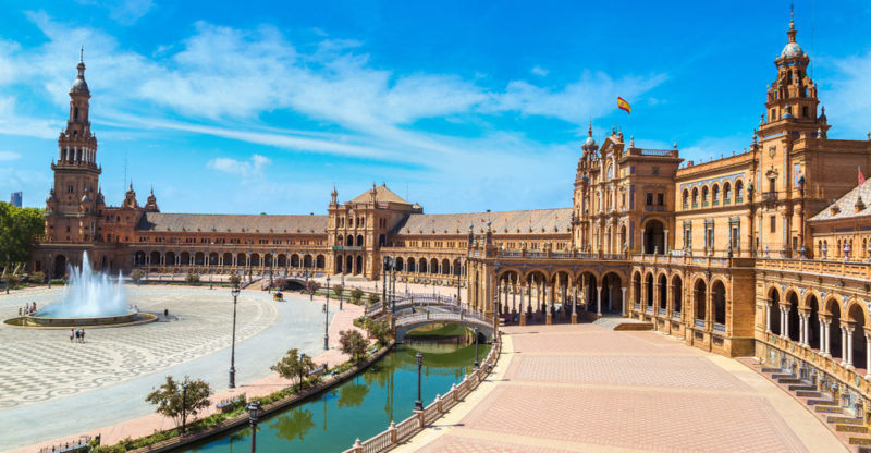 Spain: Culture, Economy, Population and Characteristics